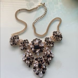 Jewelry - Gold/Black Chunky Necklace